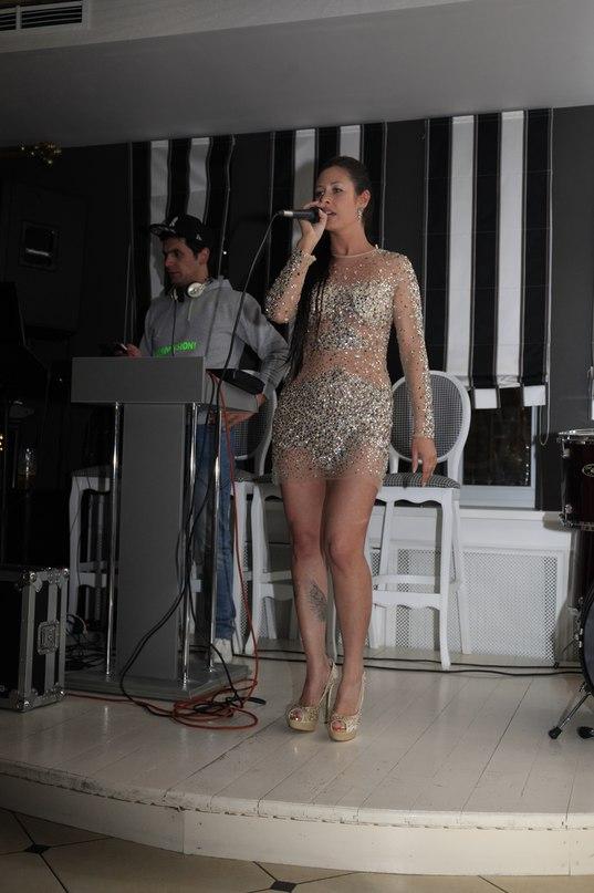 Певица Атмосфера - Ольга Бутусова: Выступление в Maestro